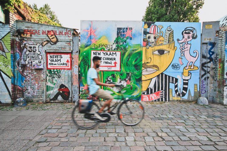 Berlin allemagne tag graffitti vacances mai