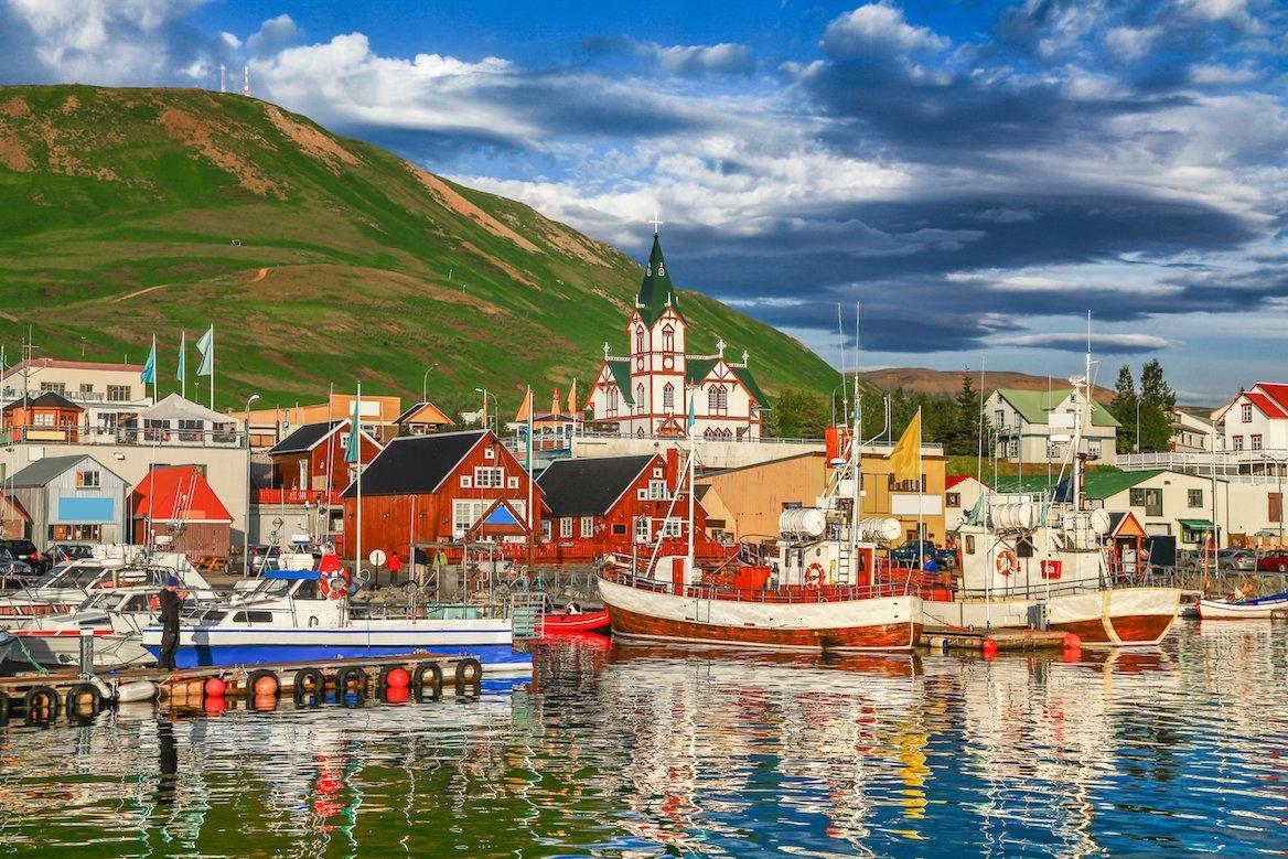 husavik-islande-village