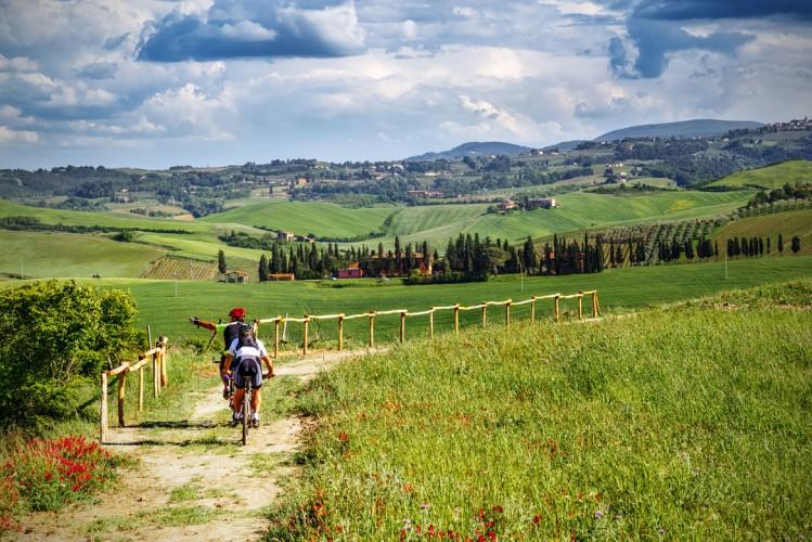 Faire du vélo en Toscane Italie activité cyclotourisme