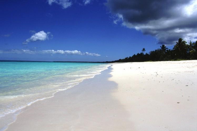Plage de Luengoni, Nouvelle-Calédonie