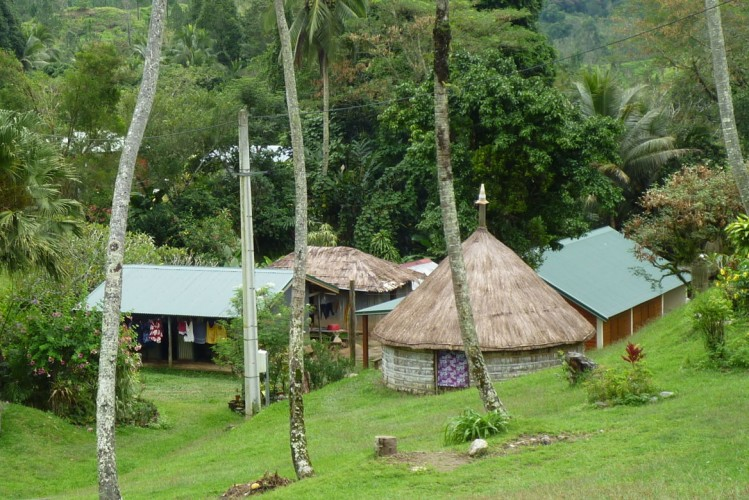 Tribu de Bopope, Nouvelle-Calédonie, activité accueil en tribu