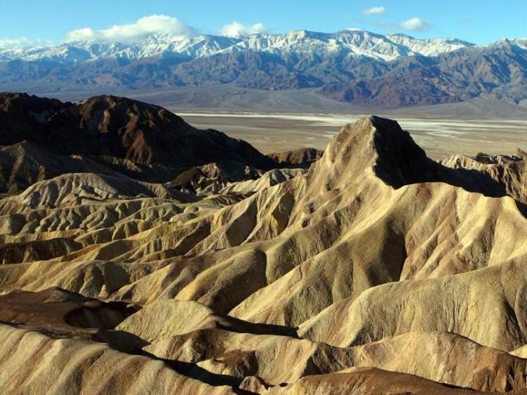 Death Valley Golden Canyon Jawa Canyon