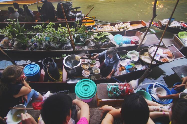 marché rivière vietnam