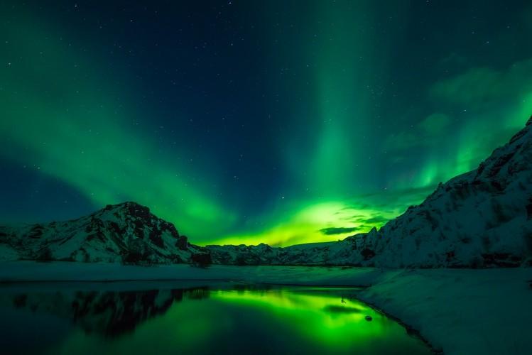 aurores boréales islande glacier lac road trip
