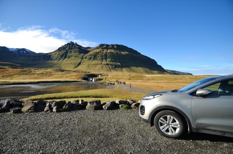 Kirkjufellsfoss volcan islande road trip