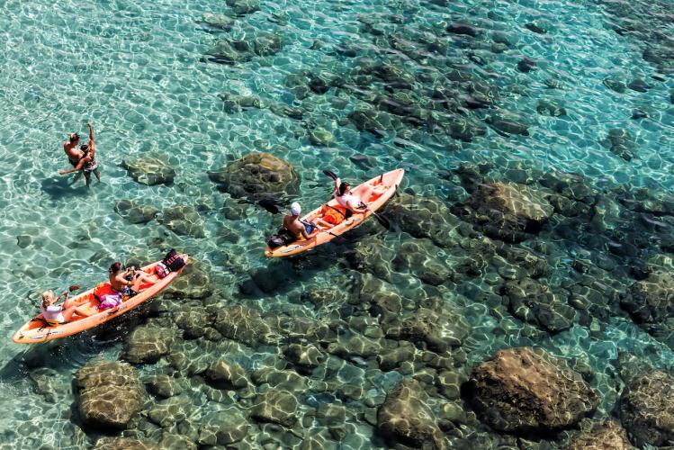 cyclades îles plages Milos kayak activités