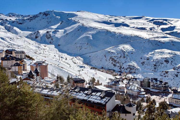 andalousie sierra nevada c est aussi neige insolites