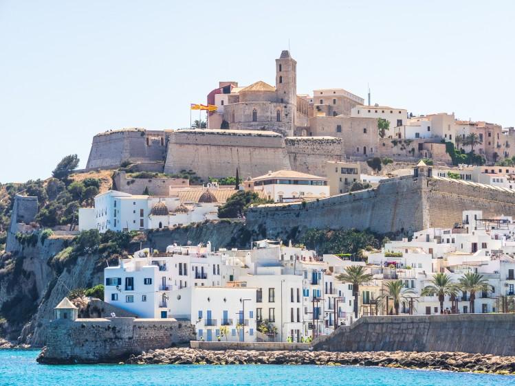baleares dalt vila port forteresse incontournables