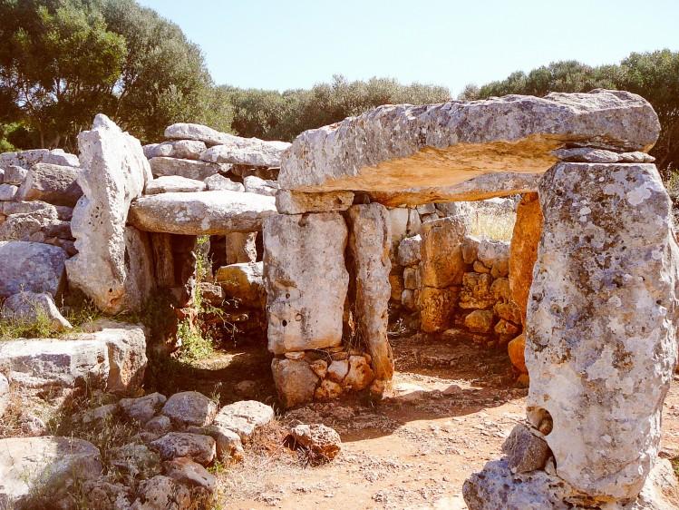 baleares vestiges Torre den Galmes Minorque itineraire circuit