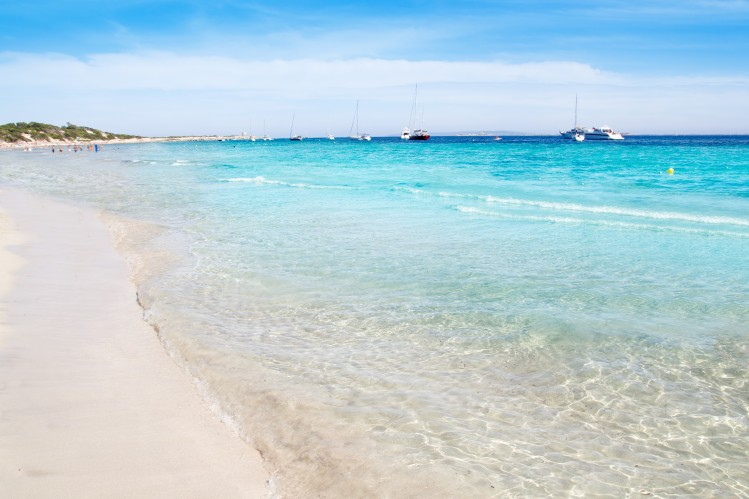 baleares plage itineraire ibiza ses salines sable blanc