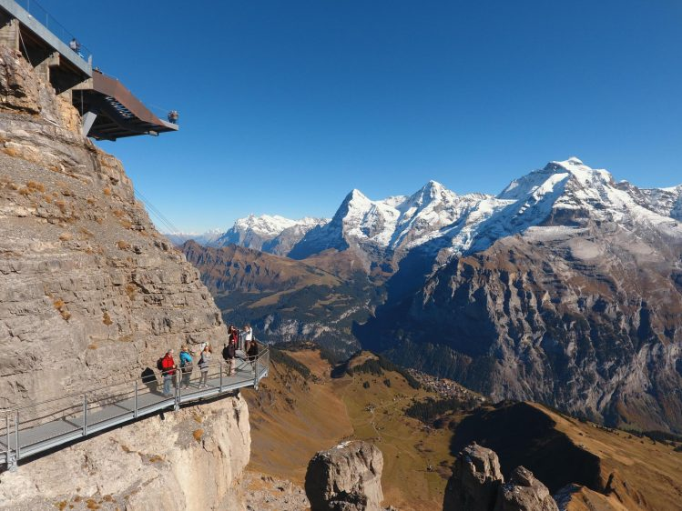suisse schilthorn thrill walk james bond tournage