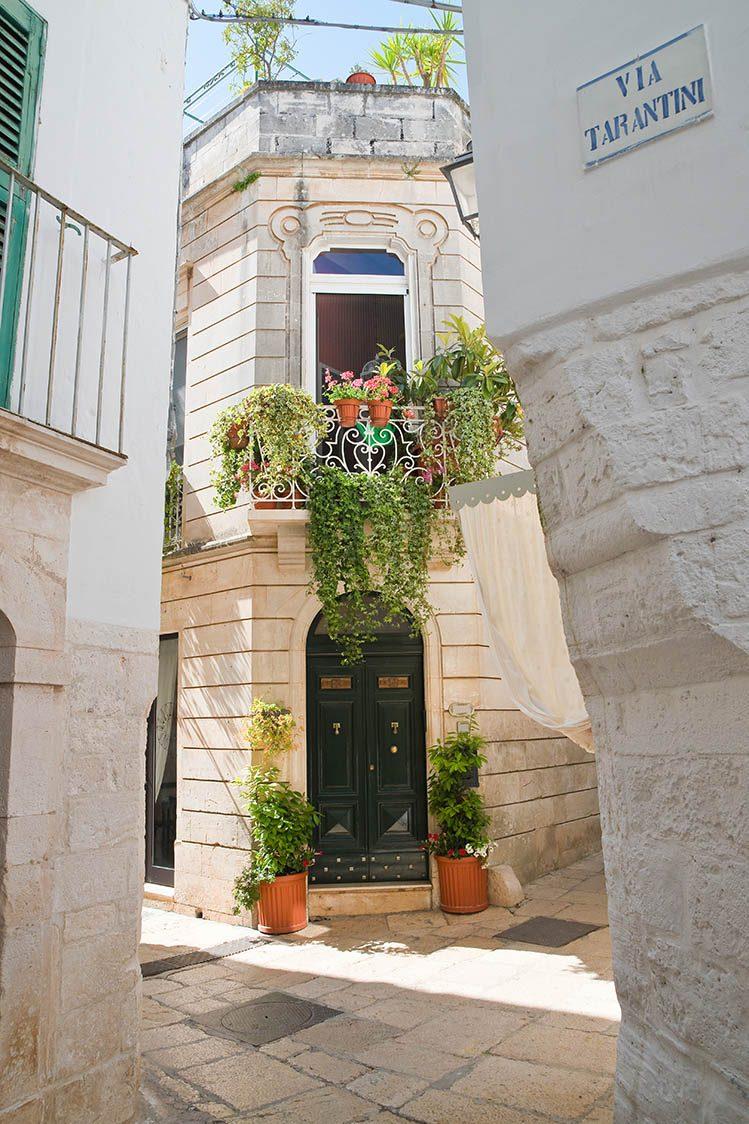 ruelles village Cisternino pouilles
