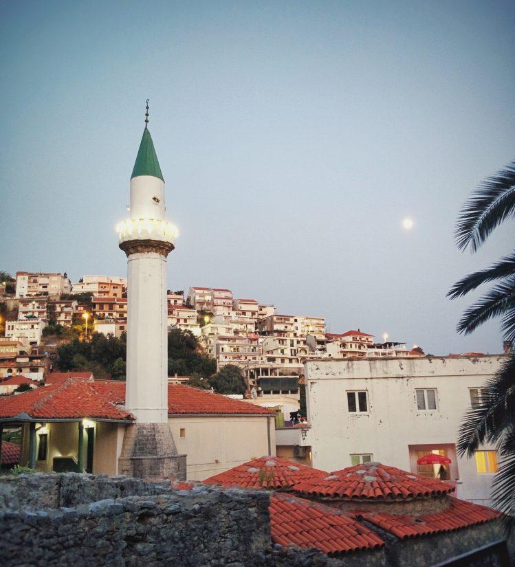 ulcinj mosquee montenegro insolite