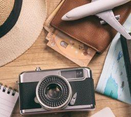 Préparez votre valise : 10 objets indispensables en voyage