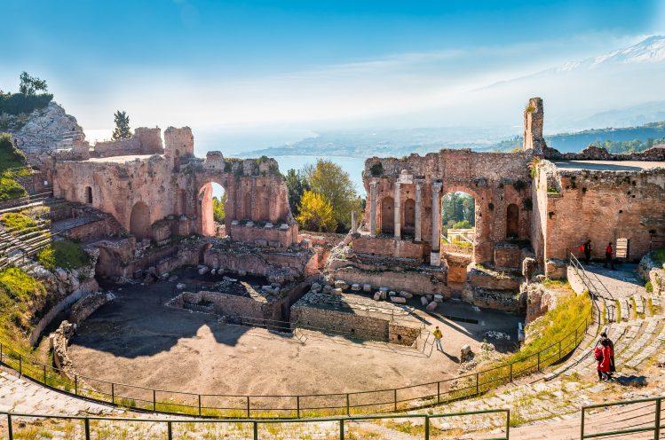 theatre de taormina sicile archeologie antique enfants
