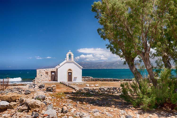 Chersónissos crète église enfants