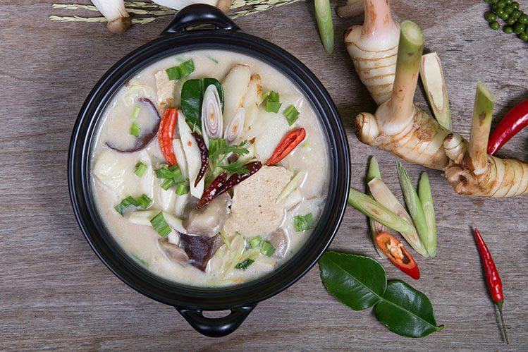 Tom Kha Kai spécialités culinaires Thaïlande