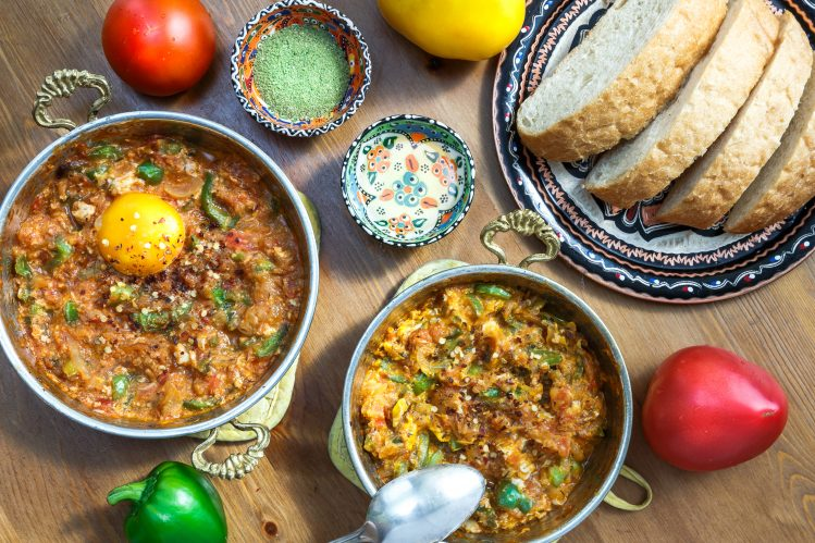 menemen petit dejeuner oeufs specialite turque istanbul