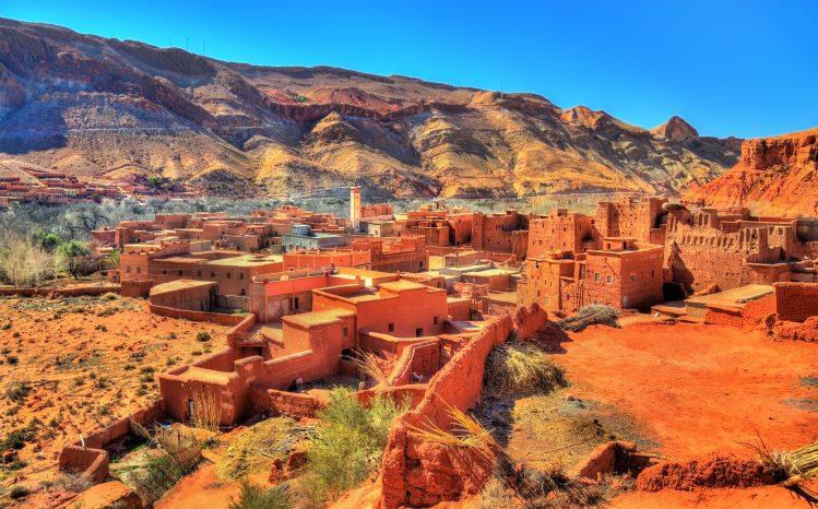 Bou Tharar village vallee des roses maroc activites