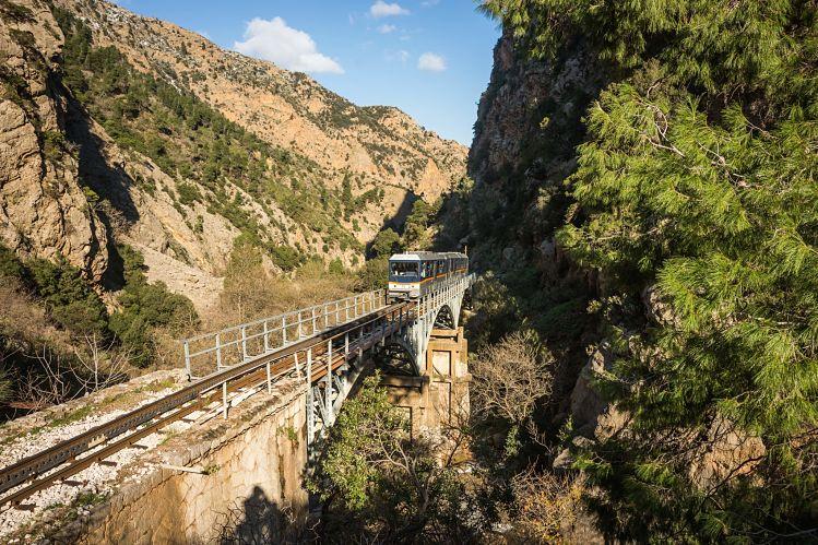 Grèce train vouraïkos